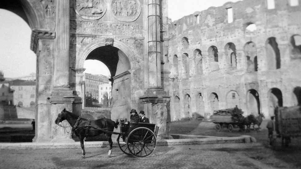 Image of Iovino team in horse and buggy in Italy.